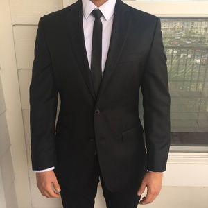 LIKE NEW CALVIN KLEIN Black Blazer Size 38R